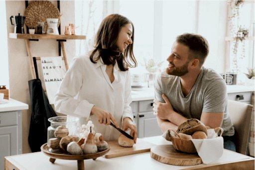 Tips For Strengthening Your Relationship During Lockdown